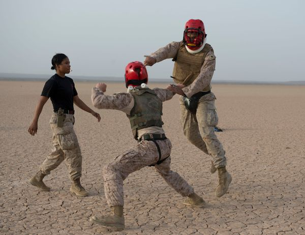 MCMAP instructor teaches Marines martial arts in Djibouti