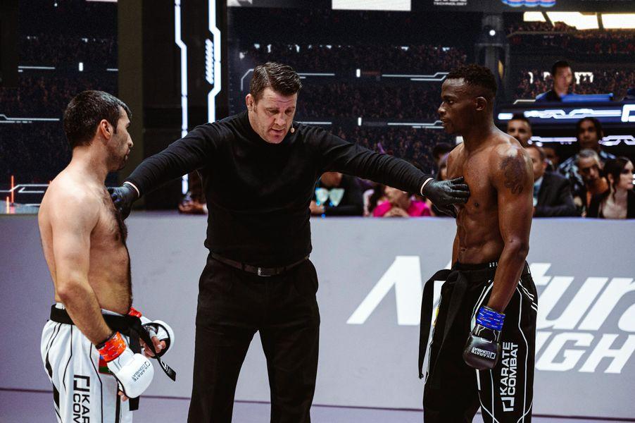 Shahin Atamov vs Franklin Mina, with referee Marc Goddard