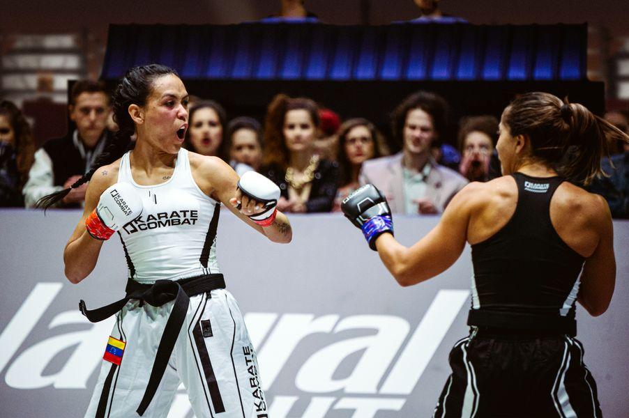Omaira Molina kiais at Erica Santos in Event 7 of Karate Combat Season 3